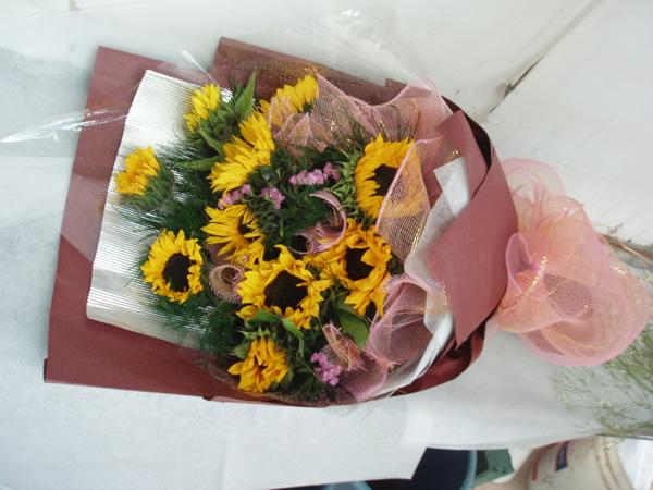 石夏兰儿童获奖花束鲜花图片展示