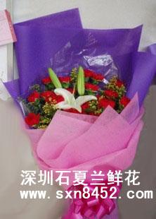 石夏兰【婕妤】*19朵红色康乃馨与百合鲜花图片展示。