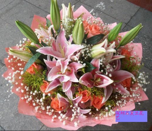 石夏兰深圳鲜花,粉玫瑰,粉百合,情人鲜花,爱人,玫瑰花速递,福田,南山,送花花店,12朵鲜花图片展示。