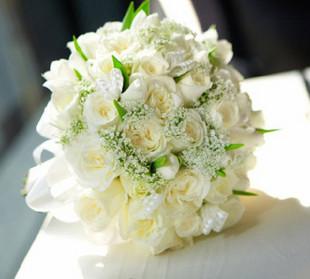 石夏兰白玫瑰高档新娘手棒花鲜花图片展示。