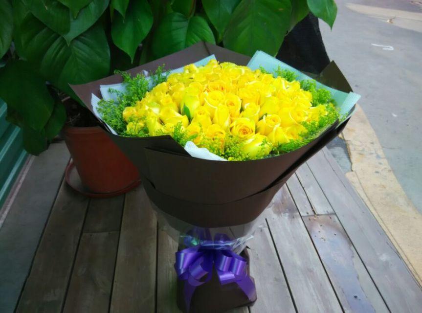 石夏兰深圳,福田花店,实体花店,龙华,景田北,送给歉意的人,致歉花束,生日花束,99朵黄玫瑰,朋友鲜花图片展示。