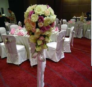 石夏兰结婚路引-布置现场鲜花图片展示。