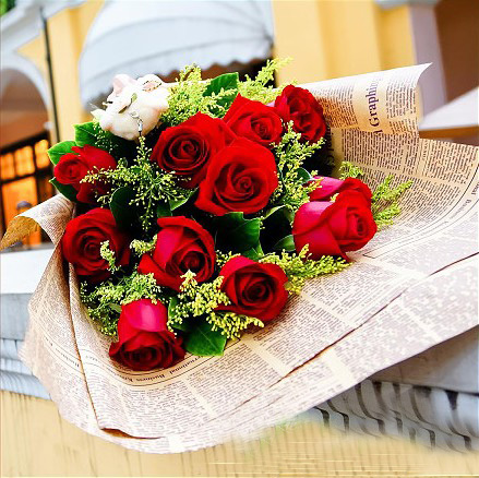 石夏兰我爱你,深圳国际商会中心花店,生日花,红玫瑰花,玫瑰花,卓越鲜花店,送花,11朵鲜花图片展示。