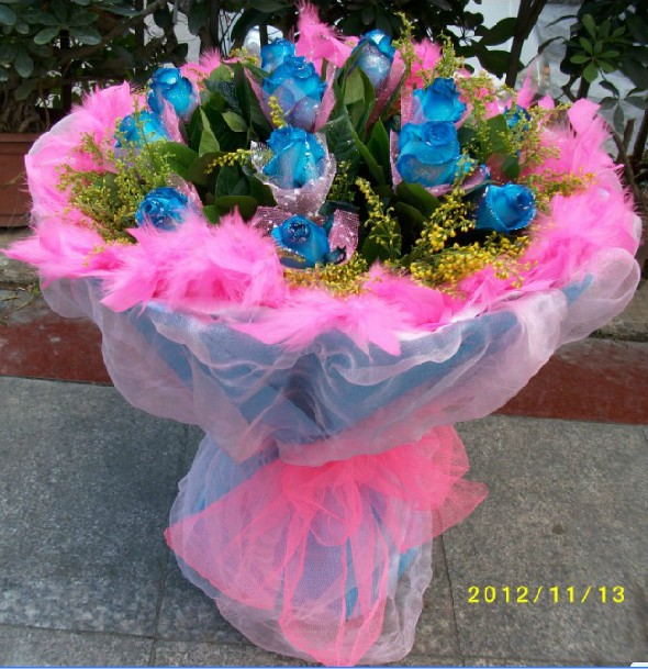 石夏兰女朋友生日鲜花图片展示。