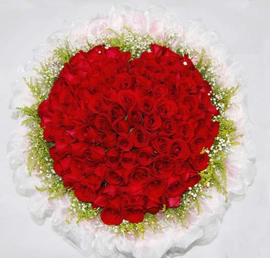 石夏兰进口红玫瑰,高端时尚,深圳鲜花速递,生日玫瑰,花束预订,福田,南山鲜花店,99朵红玫瑰鲜花图片展示。