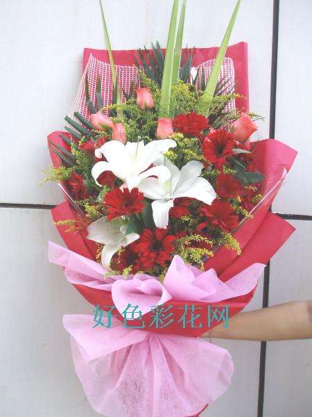 石夏兰感念师恩,幸福花百合花束鲜花图片展示。