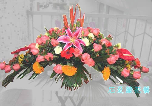 石夏兰茶几鲜花,橄榄台面花,发布会台花,签到台花,宾客主花,会议陈花花鲜花图片展示。
