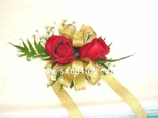 石夏兰新娘手腕花鲜花图片展示。