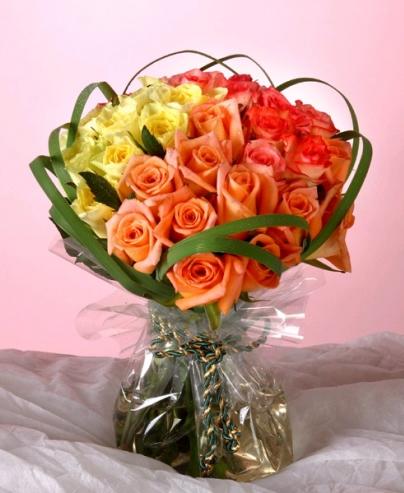 石夏兰爱妻,27朵玫瑰,老婆生日送花,石岩鲜花,混搭鲜花图片展示。