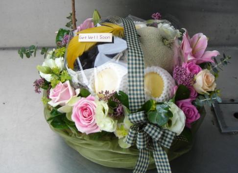 石夏兰玫瑰花水果花篮鲜花图片展示