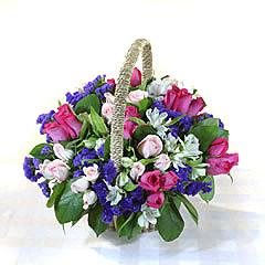 石夏兰儿童花篮鲜花图片展示。