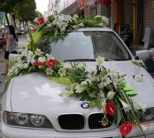 石夏兰深圳结婚迎新迎亲花车鲜花图片展示。