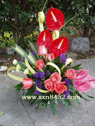 石夏兰【一帆风顺】,―办公室插花鲜花图片展示。