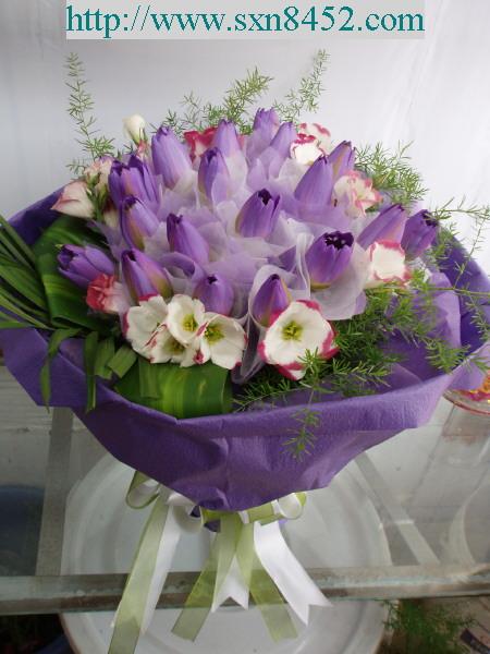 石夏兰【尊崇】*19朵荷花鲜花图片展示。
