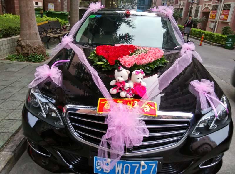 石夏兰hc096 花车鲜花布置结婚婚宴鲜花深圳婚庆鲜花专业制作团队深圳福田罗湖鲜花图片展示。