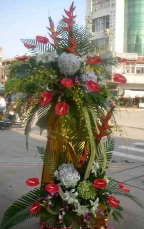 石夏兰超豪华,庆典花篮,开业鲜花,架构式,庆典装饰鲜花图片展示。