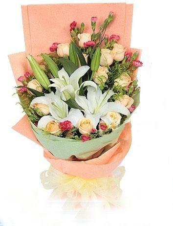 石夏兰生日玫瑰玫瑰花鲜花图片展示。