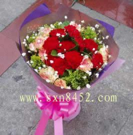 石夏兰【幸福】康乃馨花束鲜花图片展示。