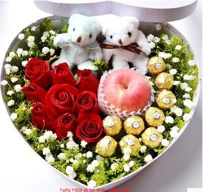 石夏兰平安夜鲜花,苹果花束,圣诞花束,深圳,9朵红色玫瑰,9粒巧克力,配草,若干鲜花图片展示