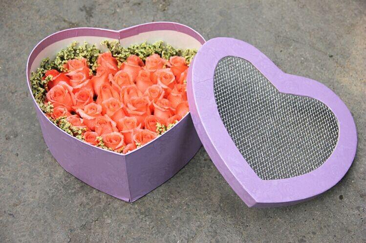 石夏兰【久久之爱长长久久】情人节,33朵粉玫瑰礼盒鲜花图片展示