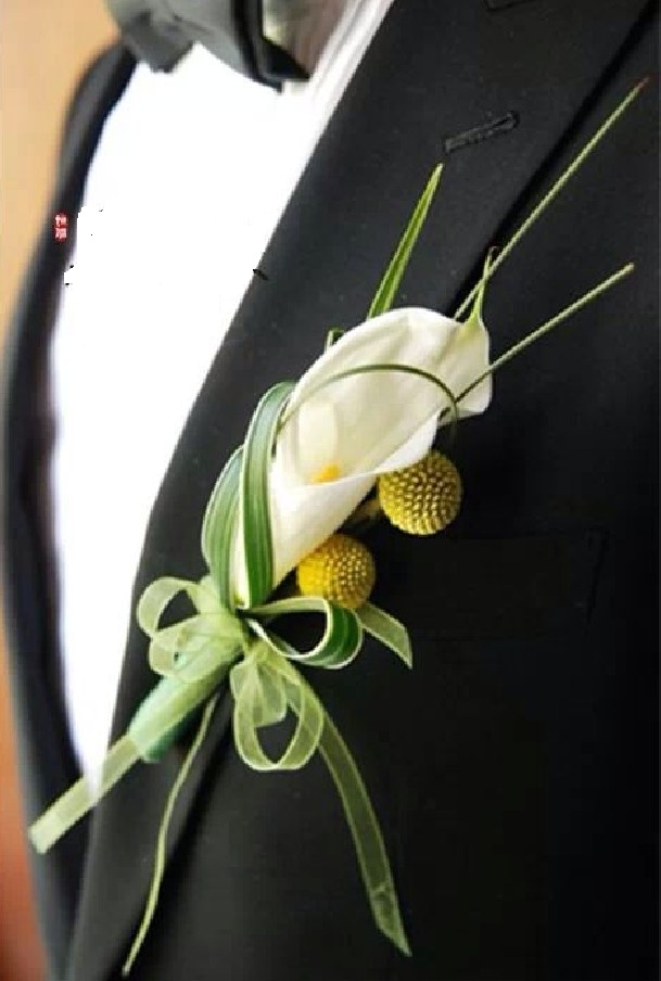 石夏兰嘉宾胸花.马蹄莲鲜花图片展示