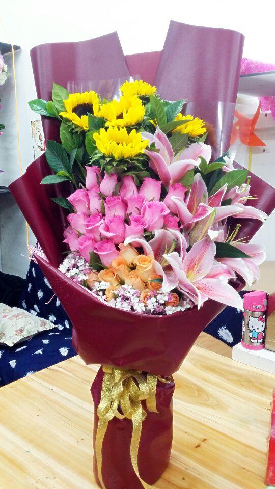 石夏兰33朵紫玫瑰,向日葵,生日鲜花速递鲜花图片展示