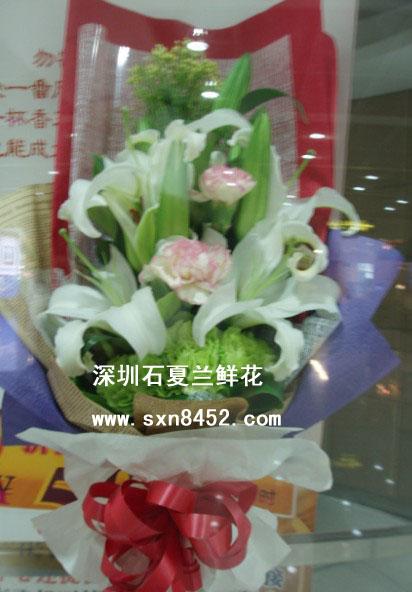 石夏兰【婵媛】多枝康乃馨与百合花束鲜花图片展示。
