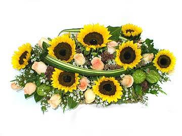 石夏兰儿童花篮鲜花图片展示
