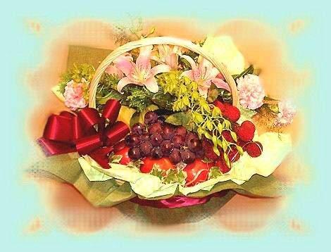 石夏兰水果篮鲜花图片展示。