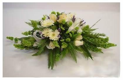 石夏兰珠宝展台花,深圳CBD附近花店,高交会展鲜花,珠宝展台面花,新居装点花鲜花图片展示。