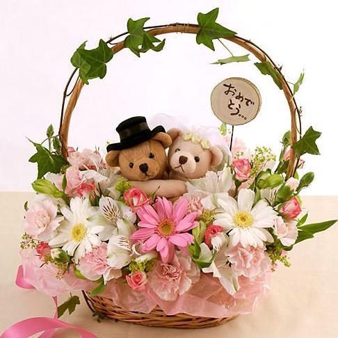 石夏兰特价送儿童鲜花公仔花篮鲜花图片展示