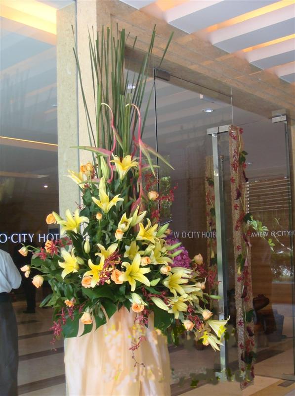 石夏兰跨国公司开业花篮,庆典花篮,自由鸟,乔迁花篮鲜花图片展示。