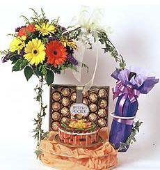 石夏兰组合生日礼品鲜花图片展示。