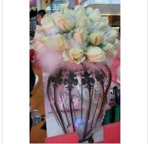 石夏兰深圳大浪,香槟玫瑰,餐桌花,贵宾鲜花,结婚网,福田,婚宴鲜花,速递,餐桌鲜花,路引鲜花图片展示。