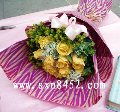 石夏兰【父爱如山】 送父亲的花束鲜花图片展示。