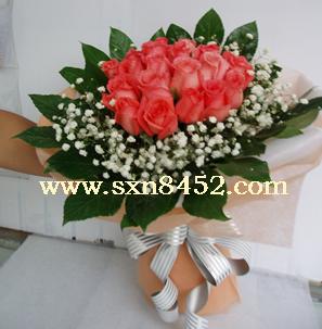石夏兰36朵玫瑰鲜花图片展示。