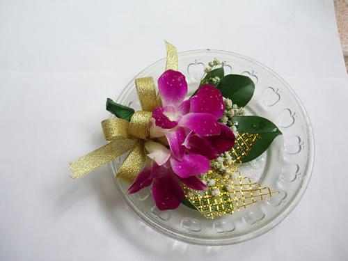 石夏兰洋兰司仪胸花鲜花图片展示