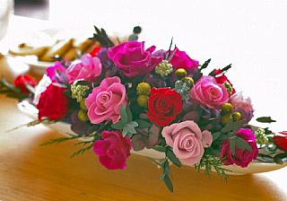 石夏兰会议桌花,会议桌鲜花,台面花价格,¥188元,会议室鲜花,茶几鲜花,签到台鲜花,玫瑰前台花,大中华交易广场附近花店鲜花图片展示。