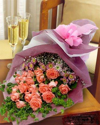 石夏兰22枝粉玫瑰鲜花图片展示。