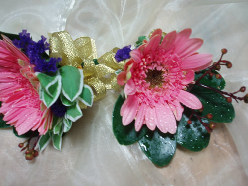 石夏兰会议胸花鲜花图片展示。